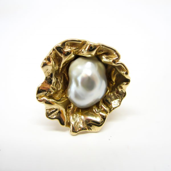 Vintage Gold Cultured Pearl Ring