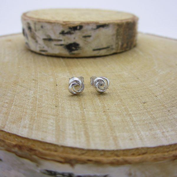 14k White Gold Knot Stud Earrings