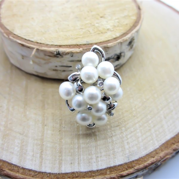 14k White Gold Fresh Water Cluster Pearl Ring