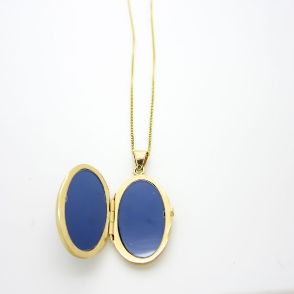 10k yellow gold large oval locket