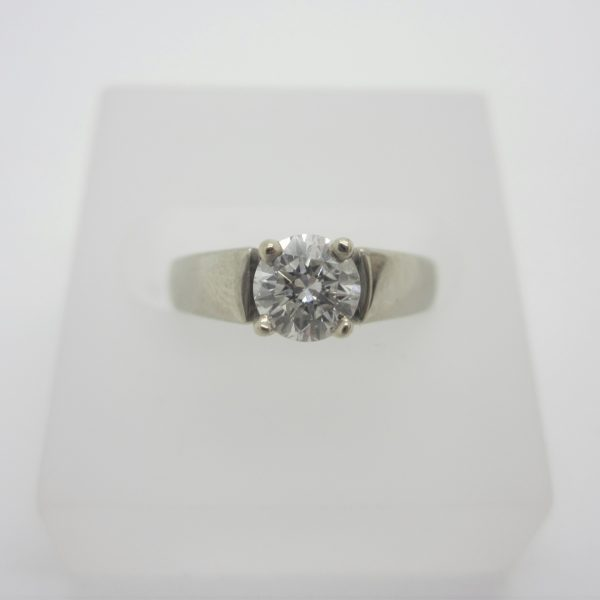 14k white gold ladies diamond engagement ring