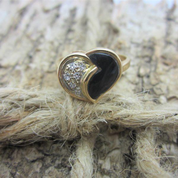 Ladies 14K Yellow Gold and Diamond Heart Ring